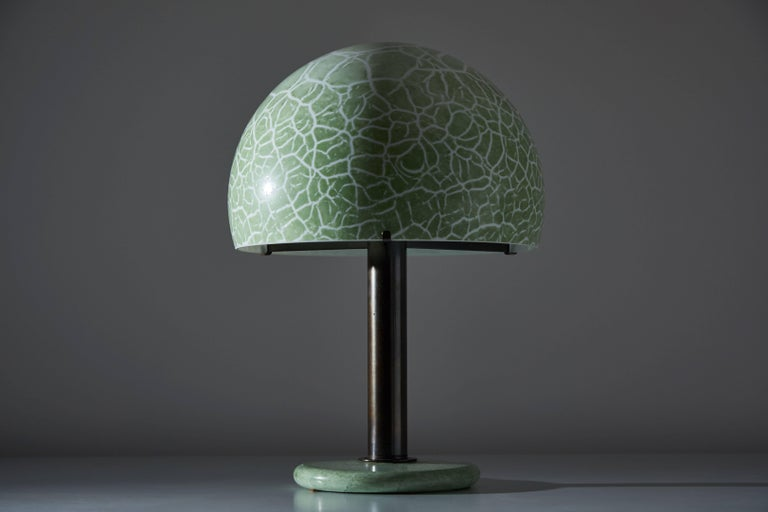 Model 832 Table Lamp by Venini In Distressed Condition For Sale In Los Angeles, CA