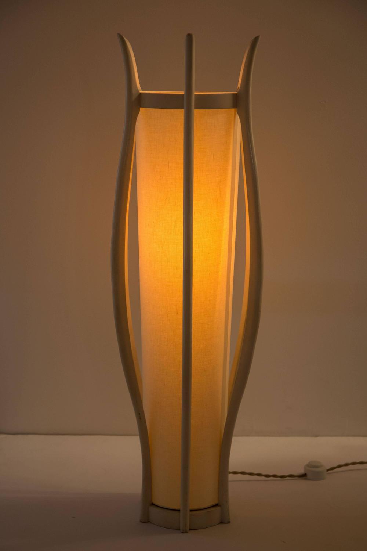 pair of modeline table lamps at 1stdibs. Black Bedroom Furniture Sets. Home Design Ideas