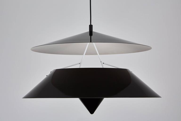 Akaari Pendant by Vico Magistretti for Oluce 4