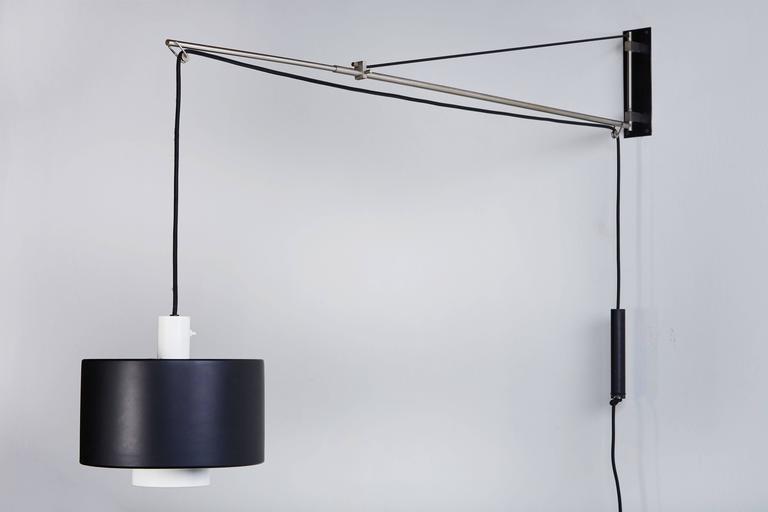 Model 2061 Wall Light by Gaetano Sciolari for Stilnovo For Sale 2