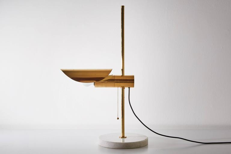 1950s Brass and Marble Italian Table Lamp with Pivoting Shade 8