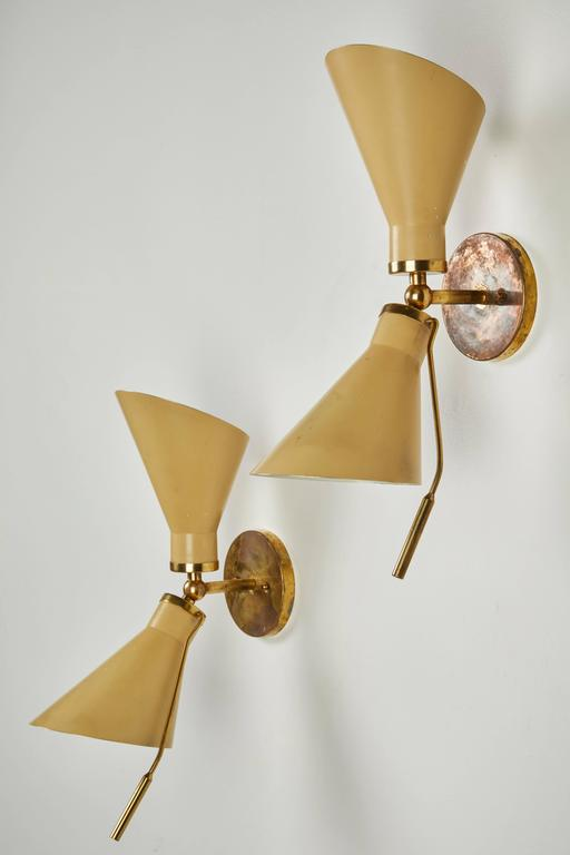 Mid-20th Century Pair of Model 131 Articulating Sconces by Gino Sarfatti For Sale