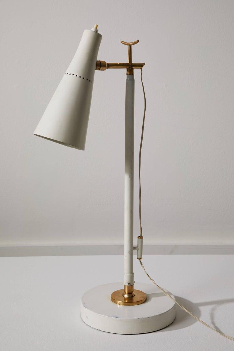 Model 201 Floor Lamp by Giuseppe Ostuni for Oluce For Sale 1