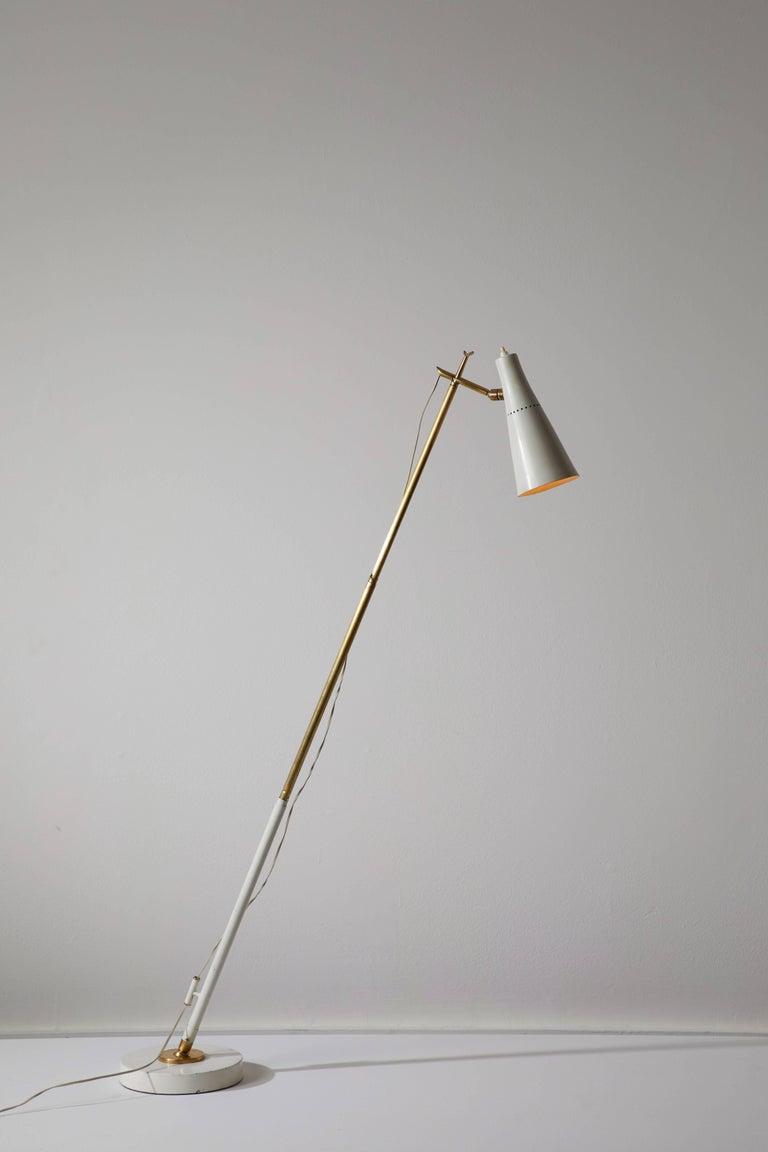 Mid-Century Modern Model 201 Floor Lamp by Giuseppe Ostuni for Oluce For Sale