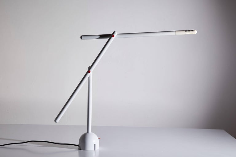 Mid-Century Modern Articulated Mira Table Lamp by Mario Arnaboldi For Sale