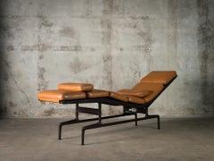 Herman Miller Eames Chaise Longue