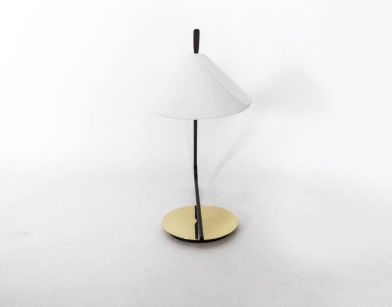Passy Primo Table Lamp, Large Model In Excellent Condition For Sale In Los Angeles, CA