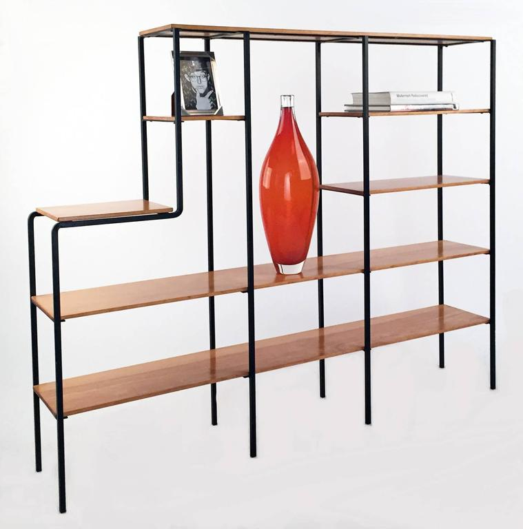 Mid-Century Modern Wood and Iron Bookshelf In Excellent Condition For Sale In Los Angeles, CA