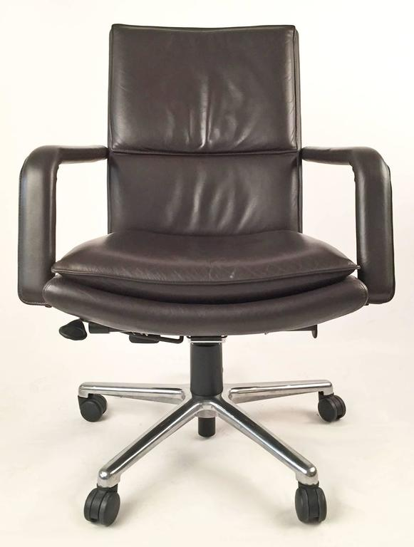 Executive Chairs Pair by Elite 597  Keilhauer  2