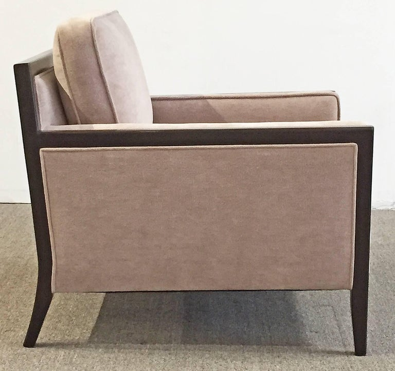 Mid-Century Modern Pair of Chairs In Excellent Condition For Sale In Los Angeles, CA