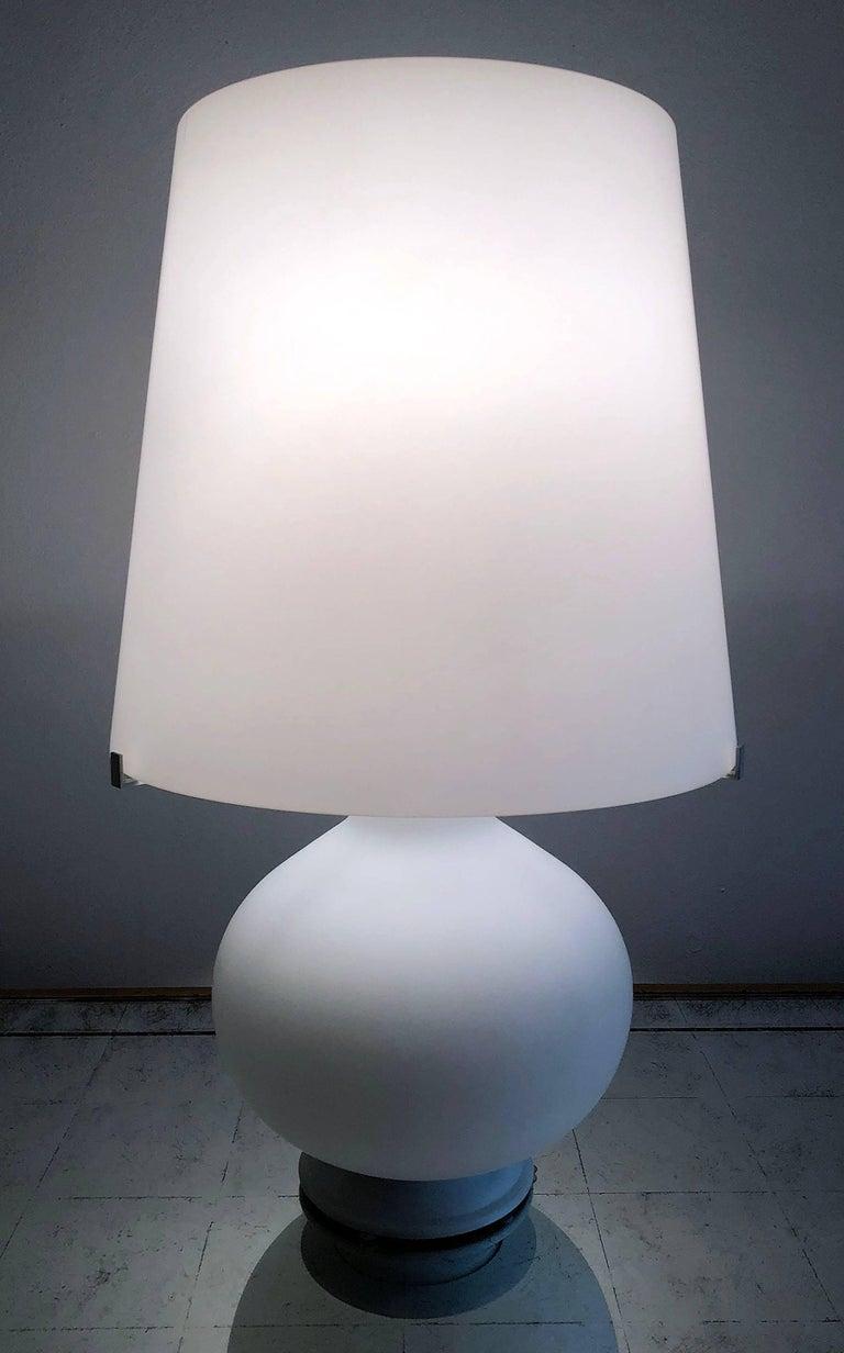 Mid-Century Modern Fontana Arte Glass Lamp For Sale
