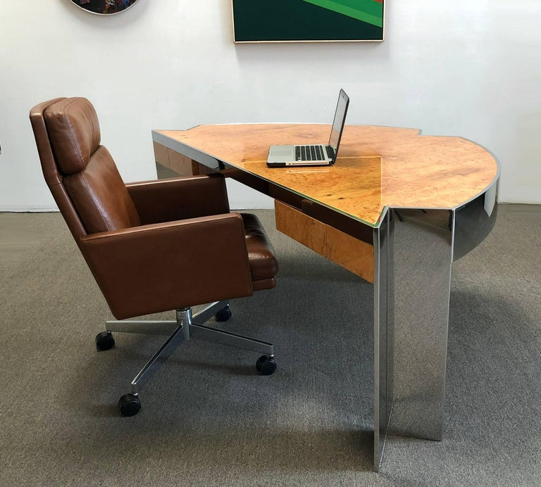 Mid-Century Modern Desk by Leon Rosen for Pace Collection For Sale