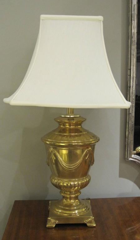 Good Quality Pair of American Frederick Cooper Campagna-Form Solid Brass Lamps In Excellent Condition For Sale In San Francisco, CA
