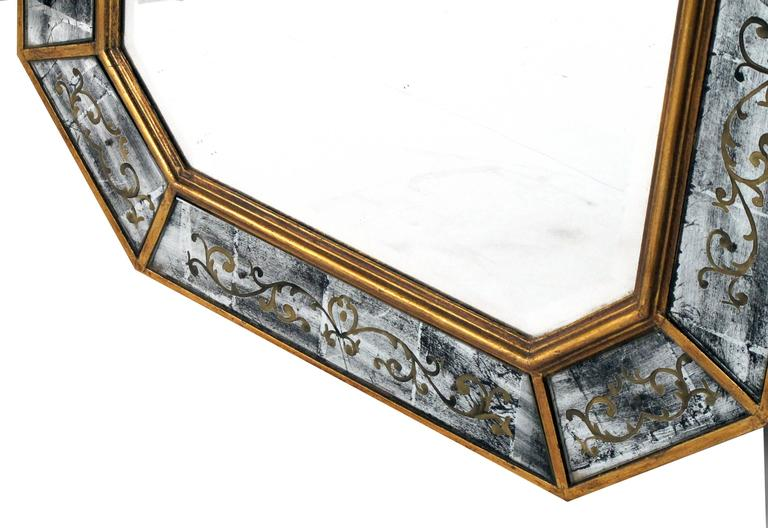 Chic French Maison Jansen 1940s Octagonal Giltwood and Eglomise Mirror 3