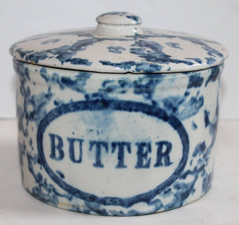 Glazed Collection of Three 19th Century Sponge Ware Pottery Butter Crocks For Sale