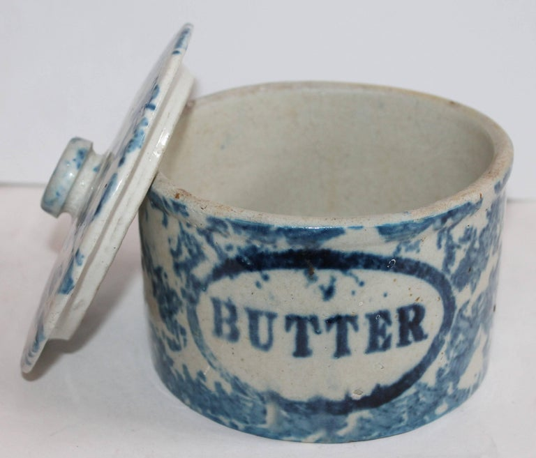 Collection of Three 19th Century Sponge Ware Pottery Butter Crocks For Sale 1