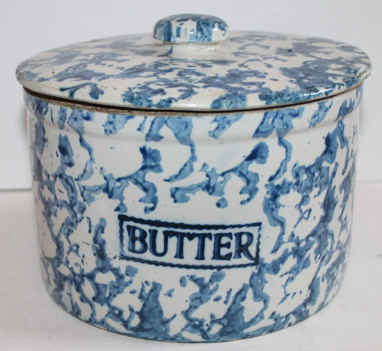 American Collection of Three 19th Century Sponge Ware Pottery Butter Crocks For Sale