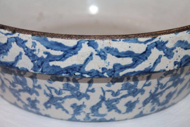 19th Century American Sponge Ware Bake Dish / Pot 4