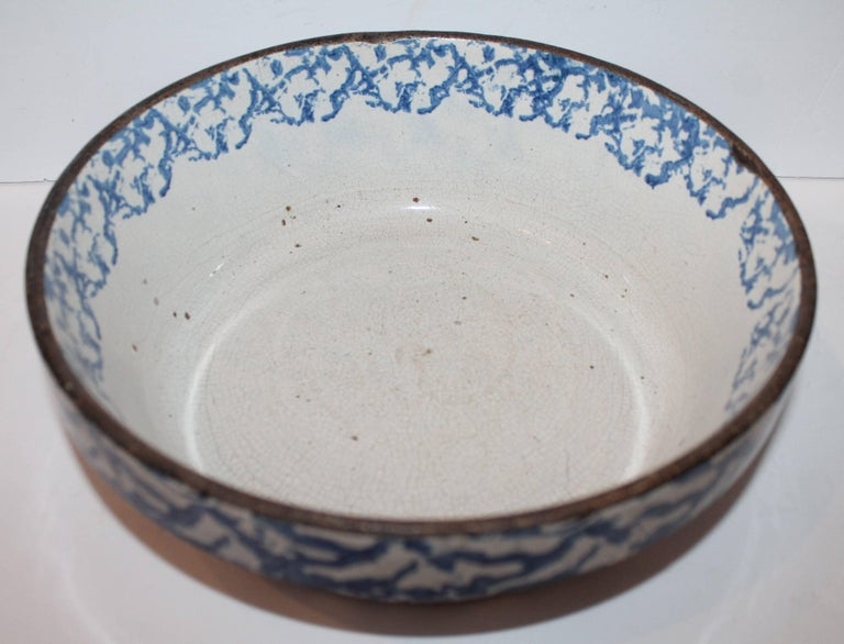 19th Century American Sponge Ware Bake Dish / Pot 3
