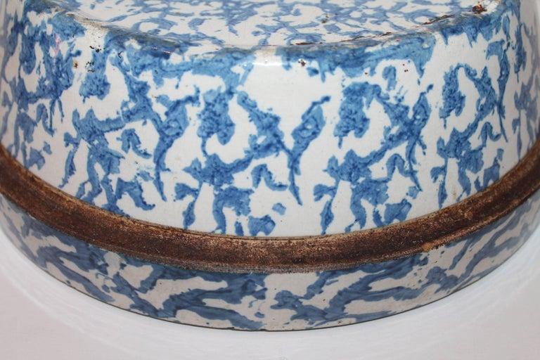 19th Century American Sponge Ware Bake Dish / Pot 6