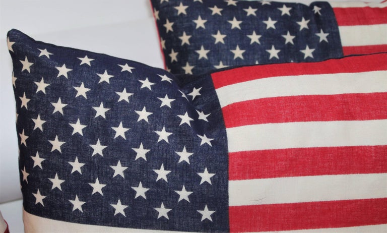 Flag Pillows / Four Vintage 50 Star Flag Pillows In Good Condition For Sale In Los Angeles, CA