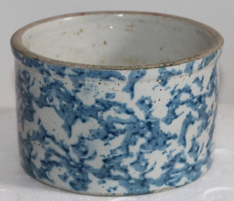 Country 19th Century Sponge Ware Butter Crock For Sale