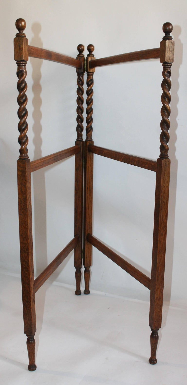 19th Century Oak Quilt Rack in Barley Twist Form 2