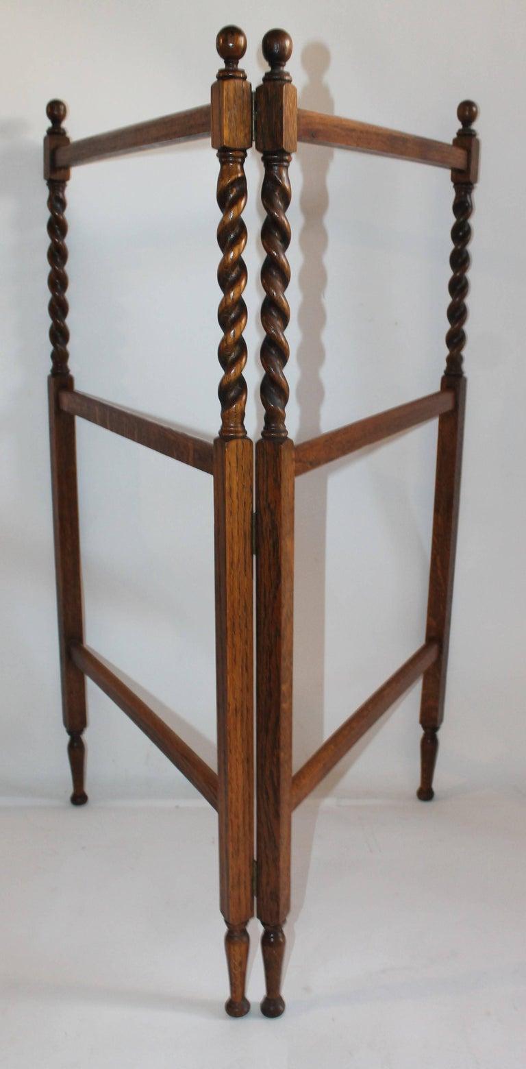 19th Century Oak Quilt Rack in Barley Twist Form 4