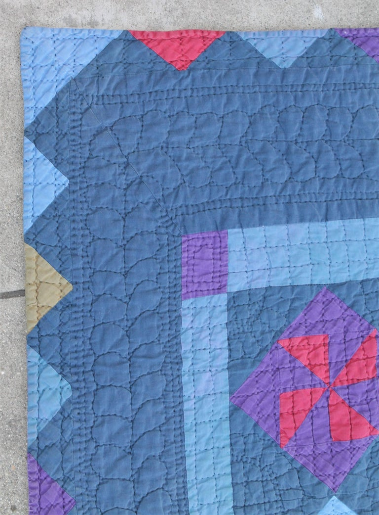 Amish Pin Wheel Quilt In Good Condition For Sale In Los Angeles, CA