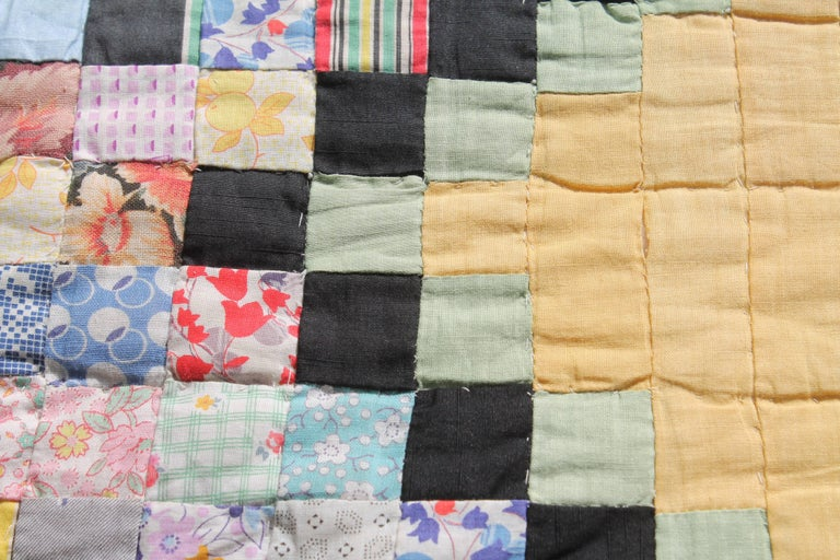Hand-Crafted Quilt in Postage Stamp Chain For Sale