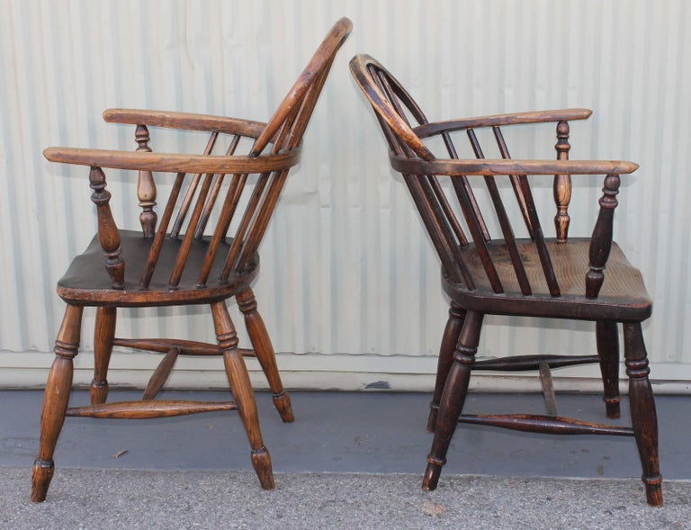 Wood Windsor Chairs, Early 19th Century English Assembled Collection / 4 For Sale