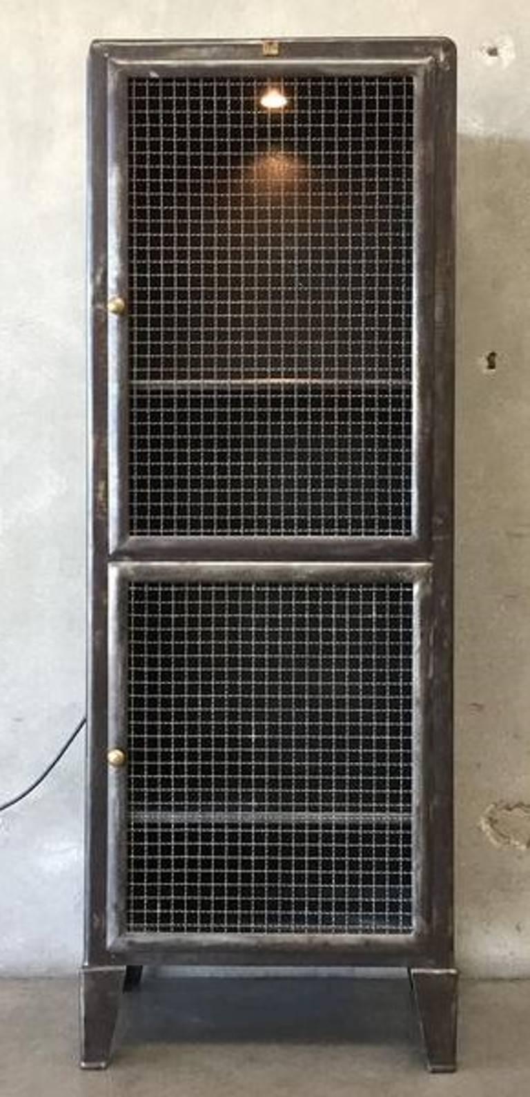 Metalwork Metal Industrial Doctors Cabinet For Sale