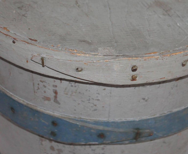 American 19th Century Original Painted Lard Bucket For Sale