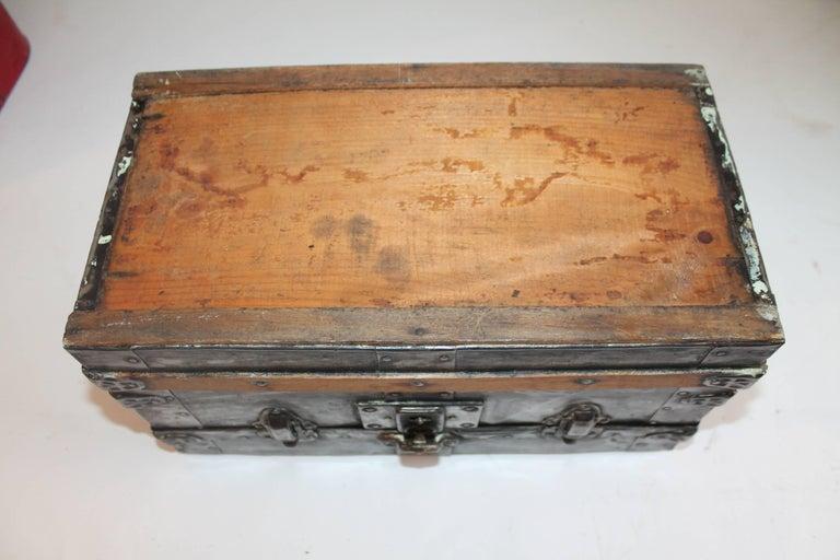 19th Century Miniature Salesman Sample Trunk For Sale 2