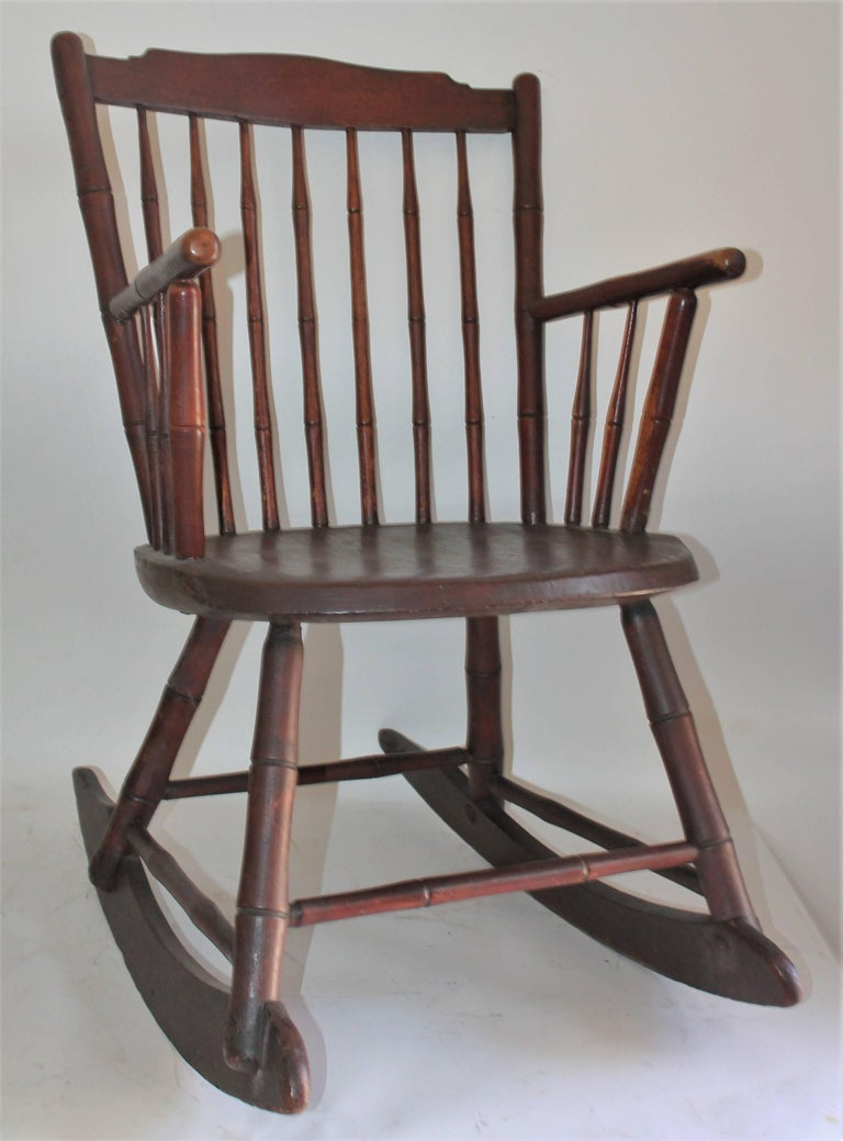 Other 19th Century Windsor Rocking Chair Original Surface For Sale