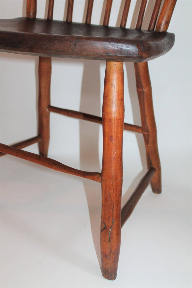 19th Century Windsor Chair from Pennsylvania In Excellent Condition For Sale In Los Angeles, CA