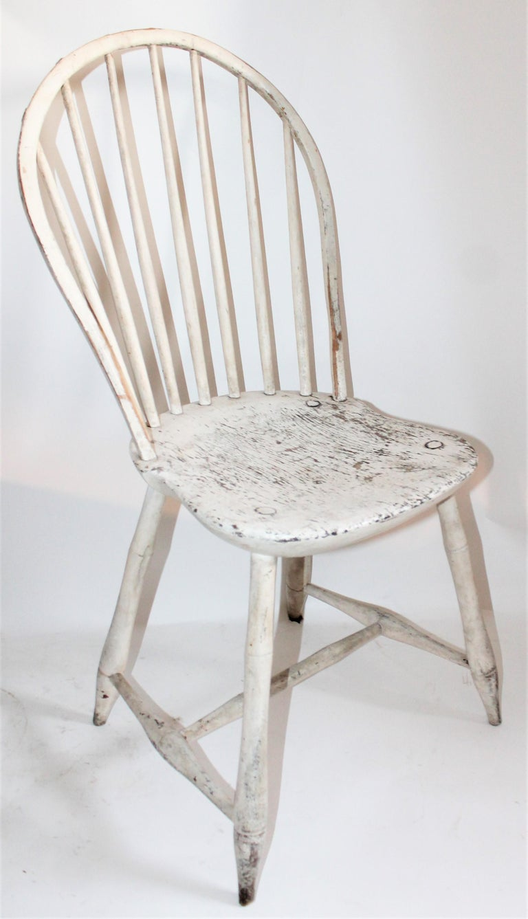 American Antique Windsor Chair in Original White Painted Surface For Sale
