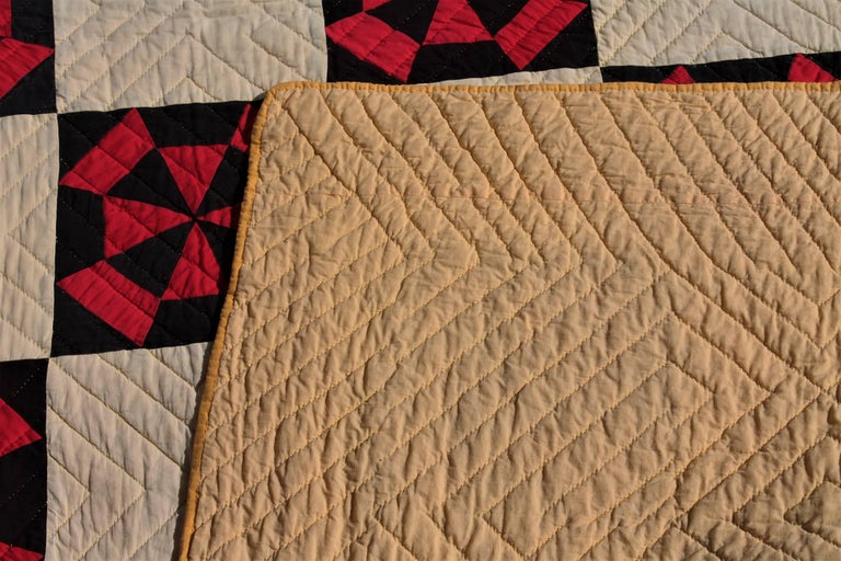 20th Century Amish Quilt in Pinwheel Pattern For Sale