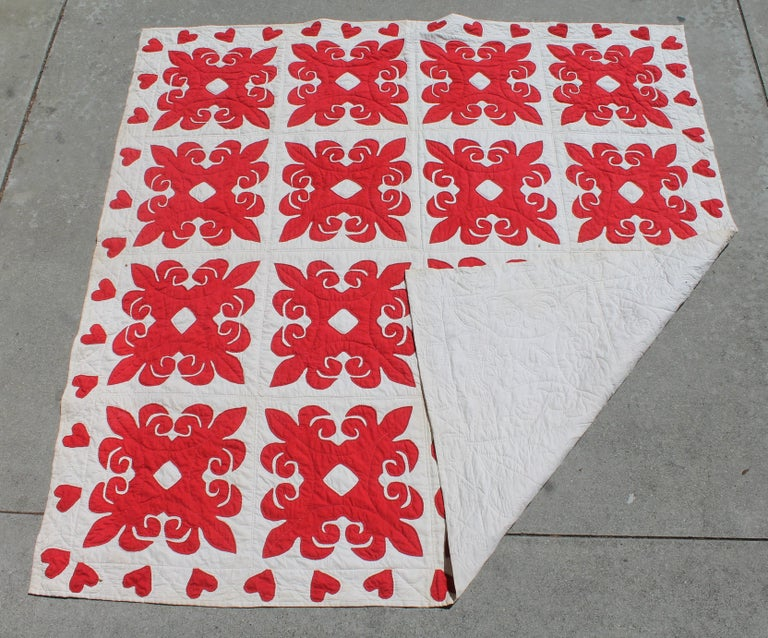 19th Century Red & White Quilt with Hearts Suround For Sale 6