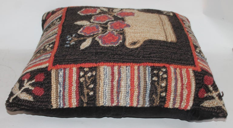 Country Hand Hooked Folk Art Rug Pillow For Sale