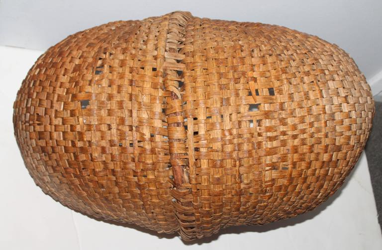 Monumental 19th Century Gathering Buttocks Basket In Excellent Condition For Sale In Los Angeles, CA