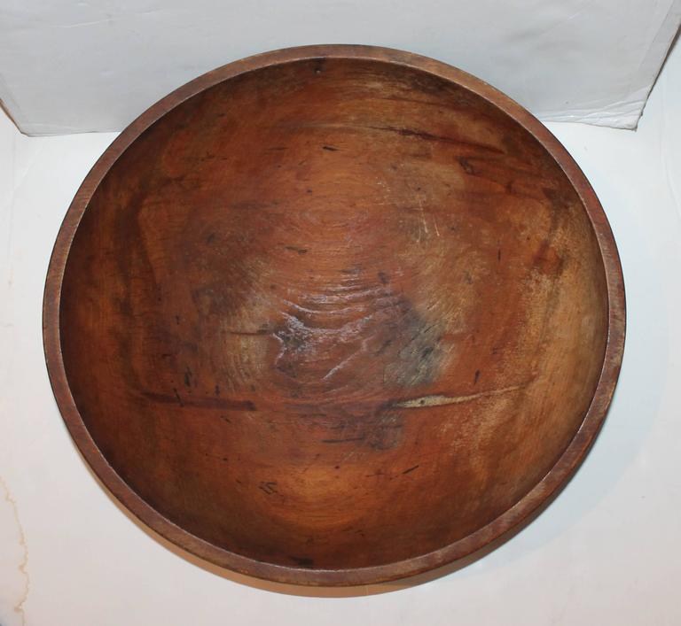 American Large 19th Century Butter Bowl from New England For Sale