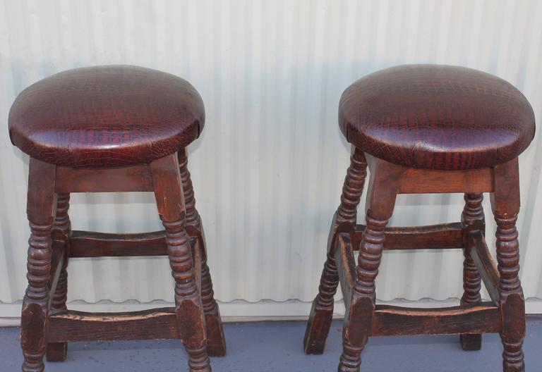 Pair Of Bar Stools With For Alligator Leather Seats At 1stdibs
