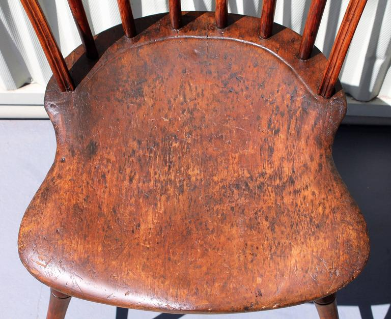 Pair of 18th Century Old Surface Windsor Chairs from New England 3 - Pair Of 18th Century Old Surface Windsor Chairs From New England