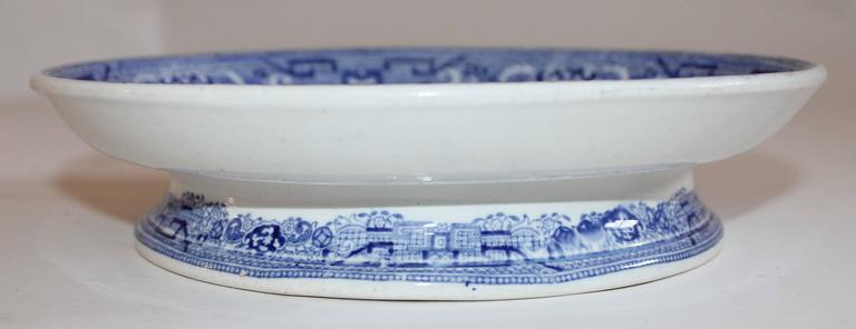 Country 19th Century Blue Willow Cake Plate For Sale