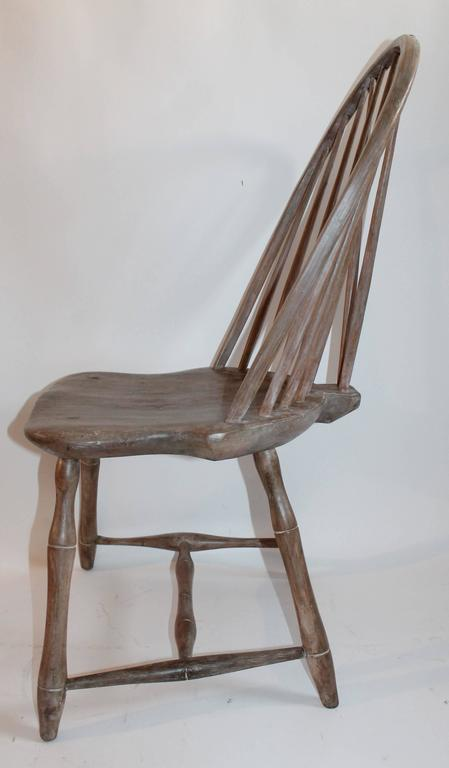 Country 18th Century Original Cream Painted Brace Back Windsor Side Chair  For Sale