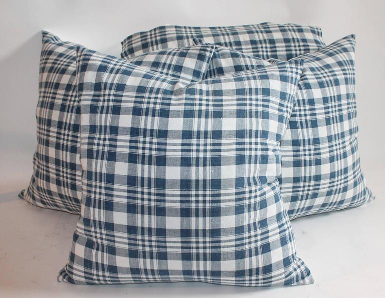 Country 19th Century Blue and White Homespun Linen Pillows For Sale