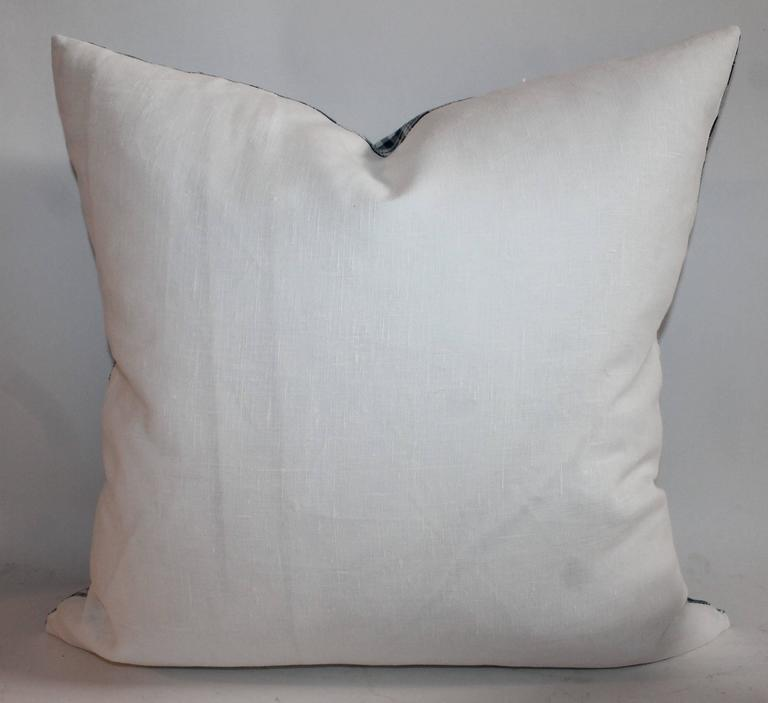 19th Century Blue and White Homespun Linen Pillows For Sale 1