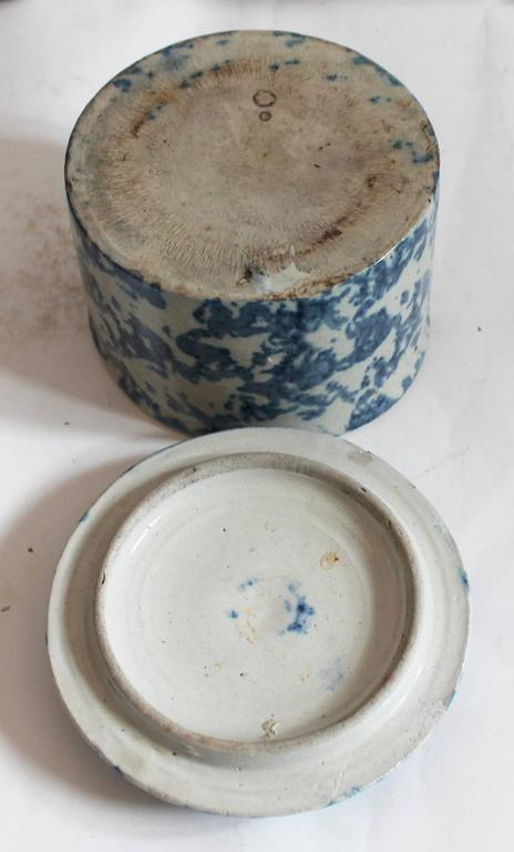Country 19th Century Spongeware Butter Crock For Sale