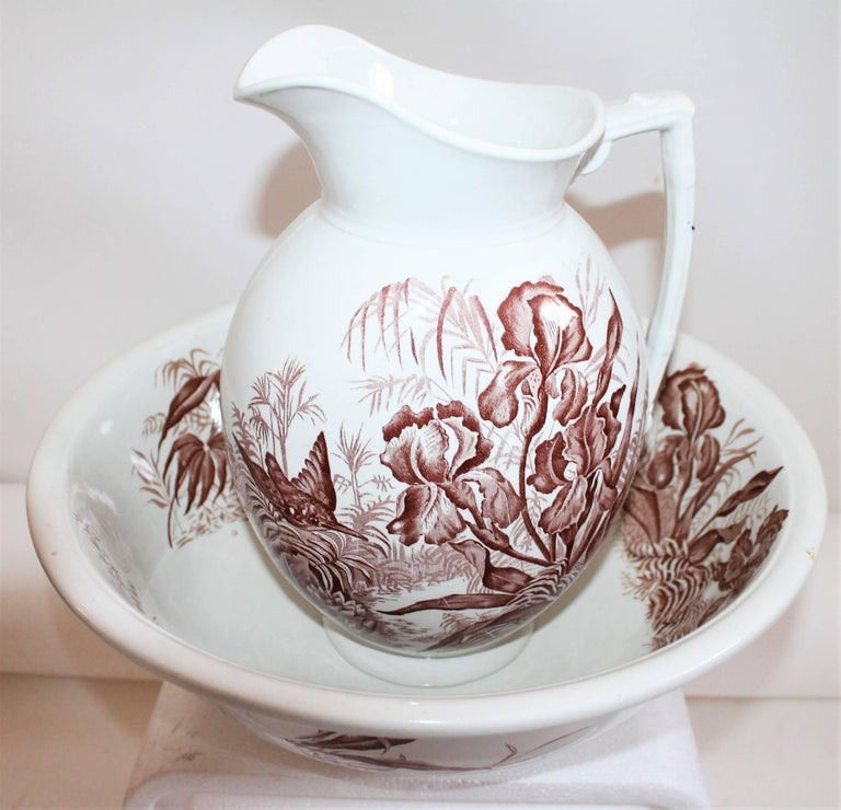 English 19th Century, Transfer Ironstone Wash Bowl and Pitcher Set For Sale